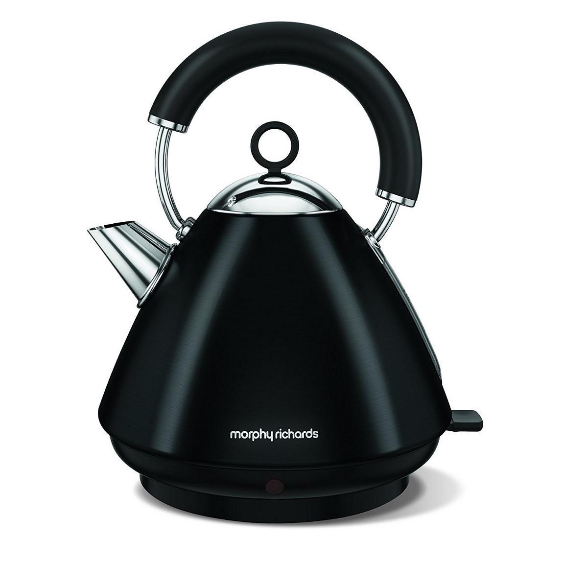 morphy-richards-102030-black-kettle.jpg
